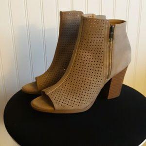 Brash ankle boots